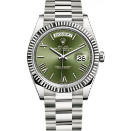 Replique Montre Rolex Day-Date 40 Or Blanc Cadran Vert 228239-0033